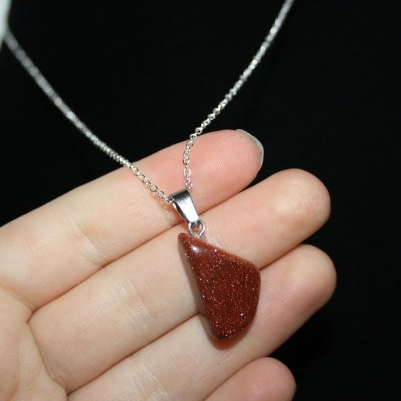 NWoT sunstone necklace with silver chain